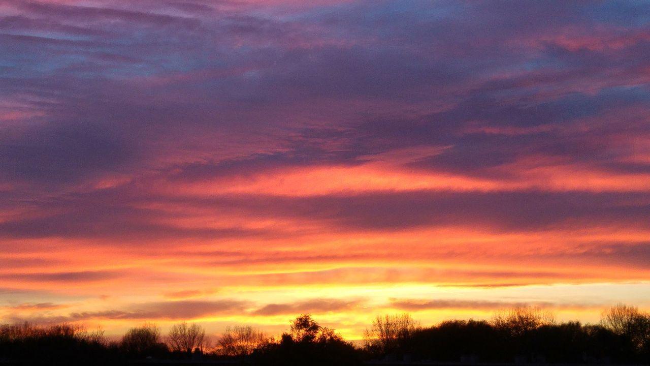 Sunset Sunset_collection Sunsetporn Sunset And Clouds  Sunsetlover Sunset_captures Sunset_madness Sunset_hub Sunsetphotographs EyeEmNewHere
