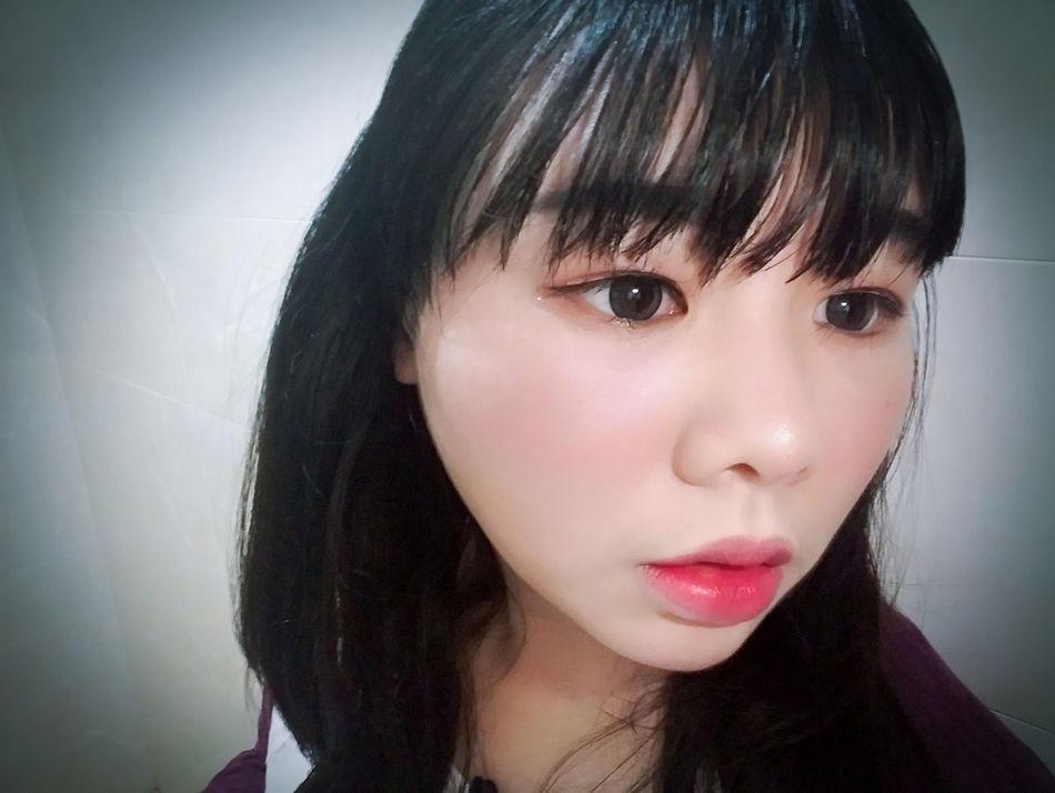 Make-up Lips <3 Eyes Me Taking Photo Lips ♡ Hi! Eyes<3 Taking Photos Gril Photo Cheese! Lips And Eyes Cute Smile :)