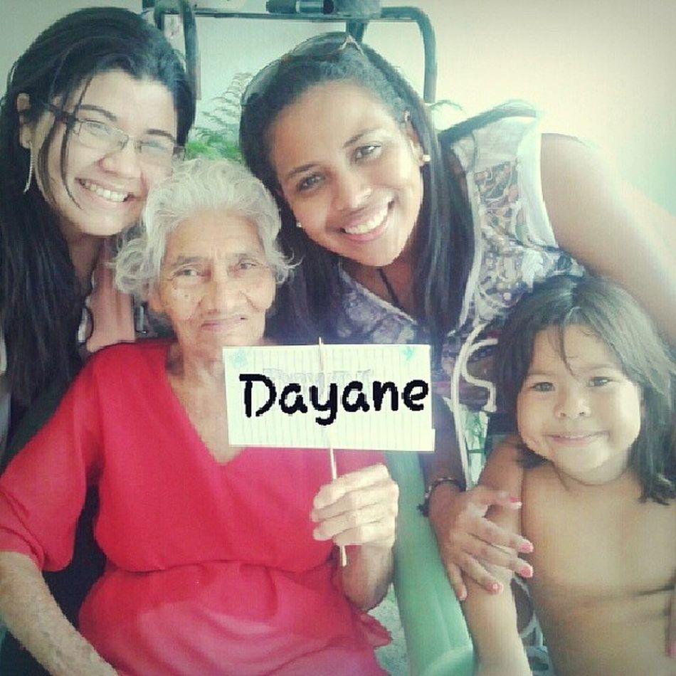 Só as primas com a Bisa. Faltou você, prima Dayane!!! SAUDADES! ♥ NiverDaBisa 90anos FamiliaEmFesta