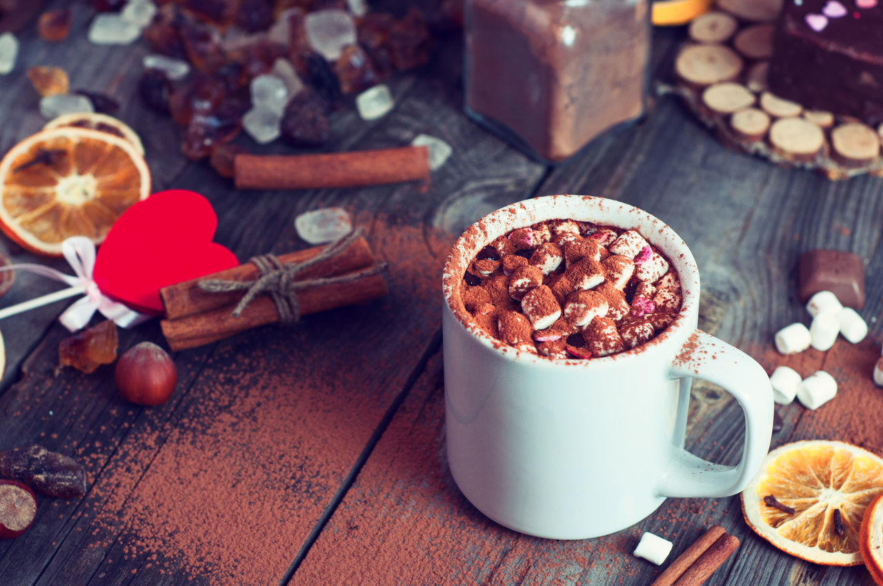 Beverage Cocoa Cup Drink Drinking Food Freshness Gourmet Marshmallows Mug No People Sweet Sweet Food Table Tasty