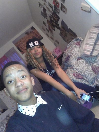 Chillen With Stepsister