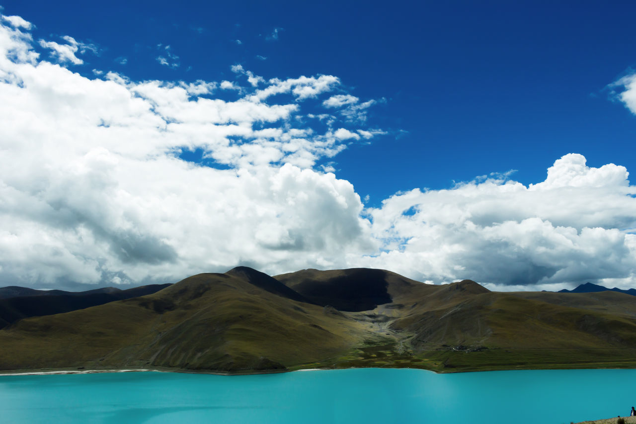 Beauty In Nature China Photos Cloud - Sky Landscape Mountain Mountain Peak Mountains And Sky Nature Outdoors Plateaudecalifornie Pure And Untouched (raw Image) Scenics Sheep Lake Sky Tibet Travel 色彩 色彩 Color