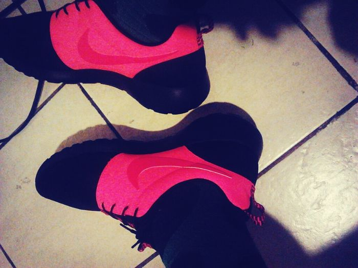 Roshes Pink Nike Comfortable Havent Posted In A While