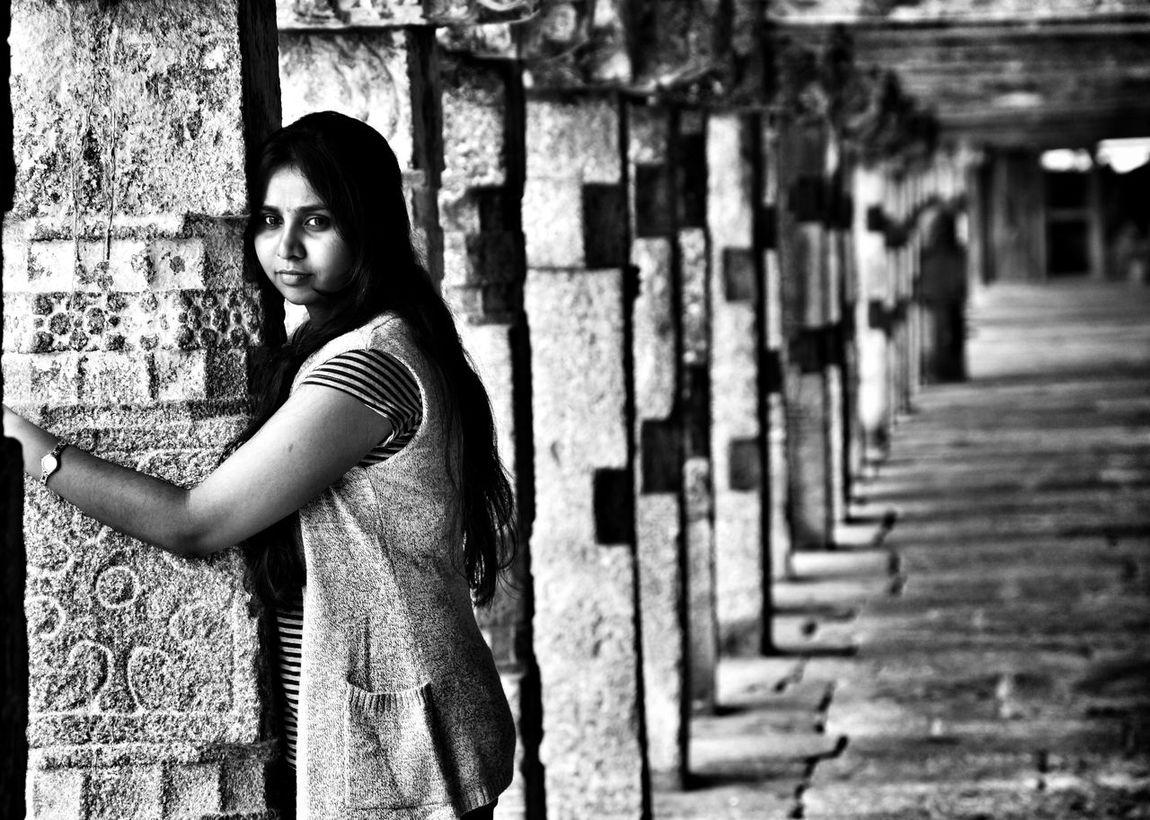 Karnatakatourism Karnatakaisbeautiful Halebidutemple Templephotography Temple Architecture Architecture Lady