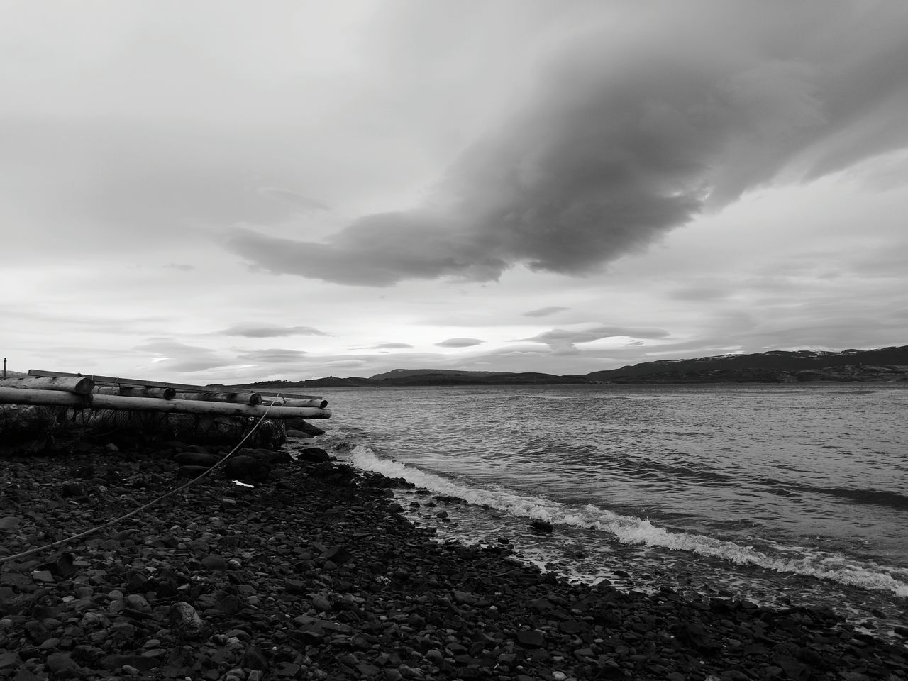 Water Sea Tranquil Scene Scenics Sky Beach Nature Travel Destinations Majestic Vacations Beauty In Nature Argentina Ushuaïa Argentina Photography Ushuaia Argentina Fin Del Mundo Argentina 👑🎉🎊👌😚😍 Ushuaia Arg. Ushuaia Paisaje Ushuaia Tierradelfuego Beauty In Nature Nature Blackandwhite Photography Black & White