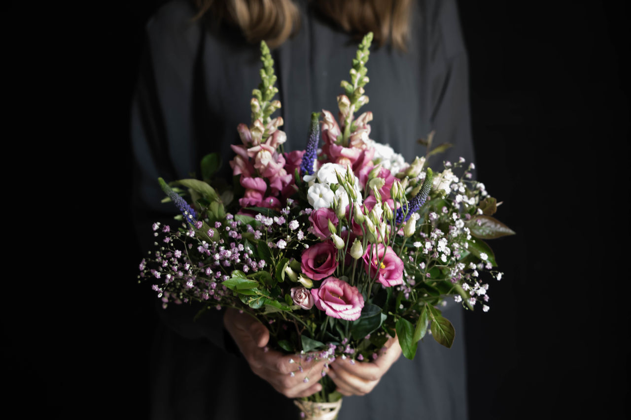 Beautiful stock photos of fall, flower, bouquet, midsection, holding