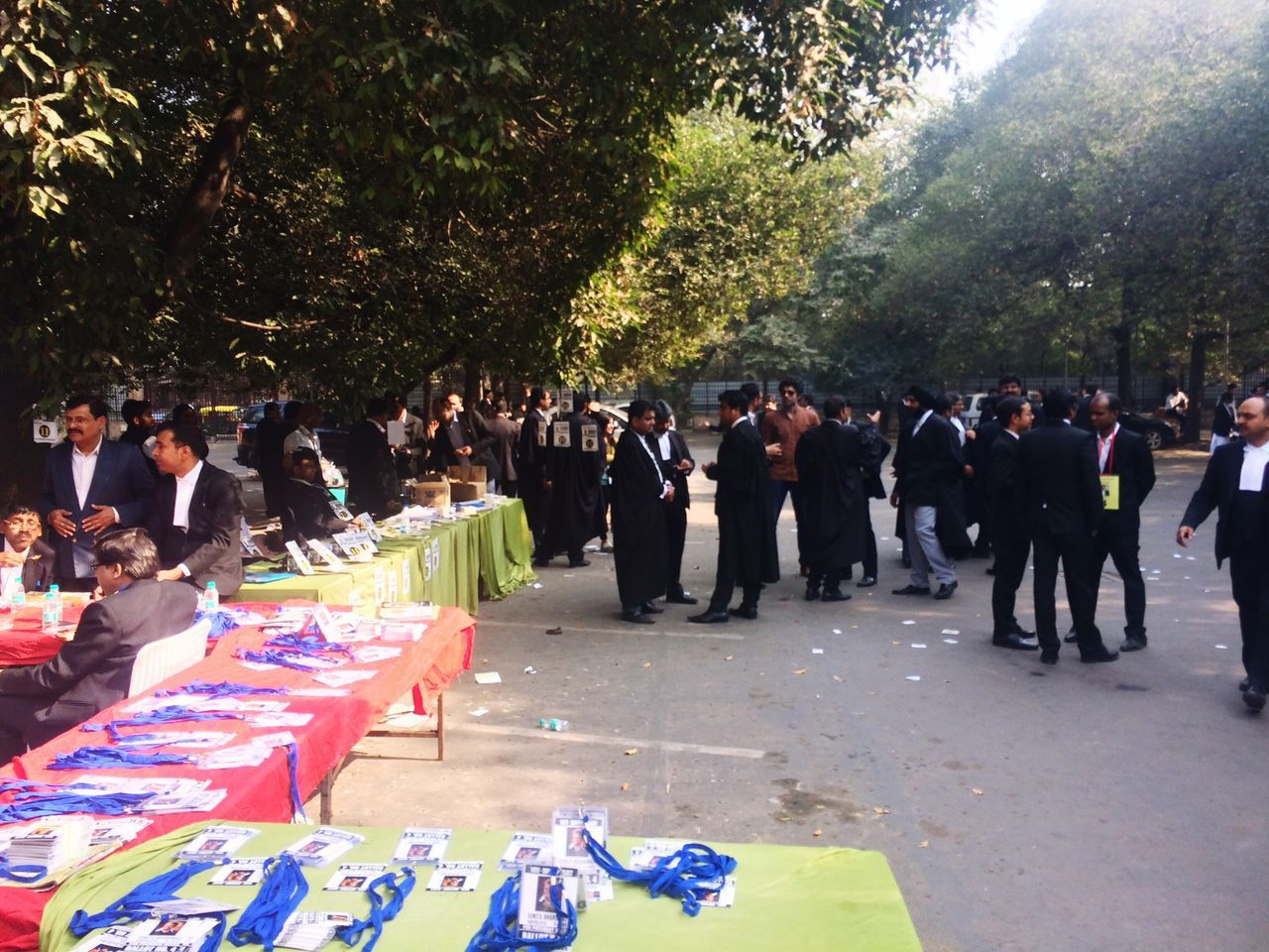 Election campaigning at Delhi High Court Large Group Of People Celebration Election Campaign Election 2016 Election Day Life Events Lawyers Indian Lawyers