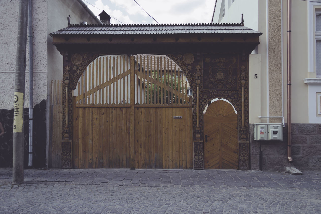 Architecture Building Exterior Built Structure Closed Day Entrance Entryway Façade Gate Gate History No People Outdoors Szekely Szekely Gate