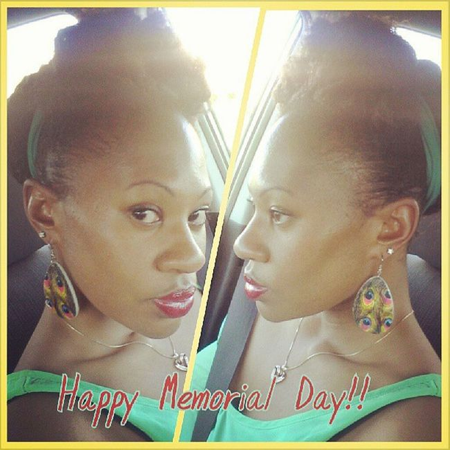 I'm out here Rockin' the faux bun n bang for the holiday! Natural Protectivestyle Redlips Pow