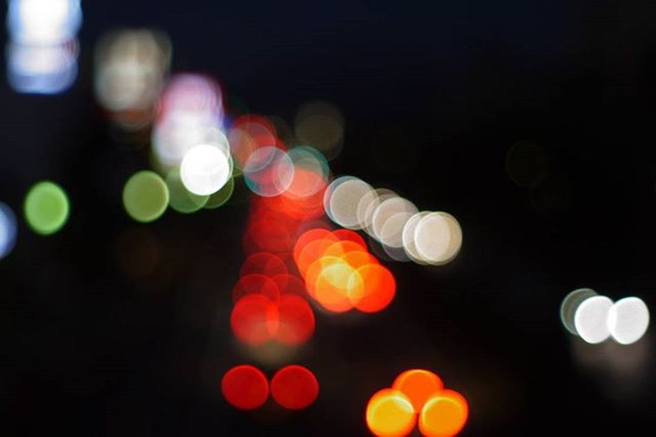 Oldlens GF2 Lumix Panasonic  Pentax Pentaxlens 50mmf2 Lumixgf2 Car Taillights Headlights 夜景 ヘッドライト ルミックスgf2 ルミックス オールドレンズ オールドレンズ部 カメラ好きな人と繋がりたい 写真好きな人と繋がりたい ファインダー越しの私の世界 ミラーレス カメラ好き ペンタックス ペンタックスレンズ パナソニック テールランプ 玉ボケ bokeh bokehlights lights
