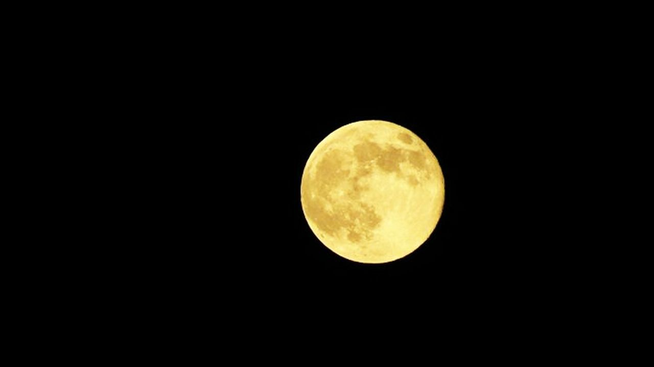 moon, night, circle, yellow, beauty in nature, moon surface, astronomy, nature, scenics, no people, outdoors, low angle view, gold colored, sky