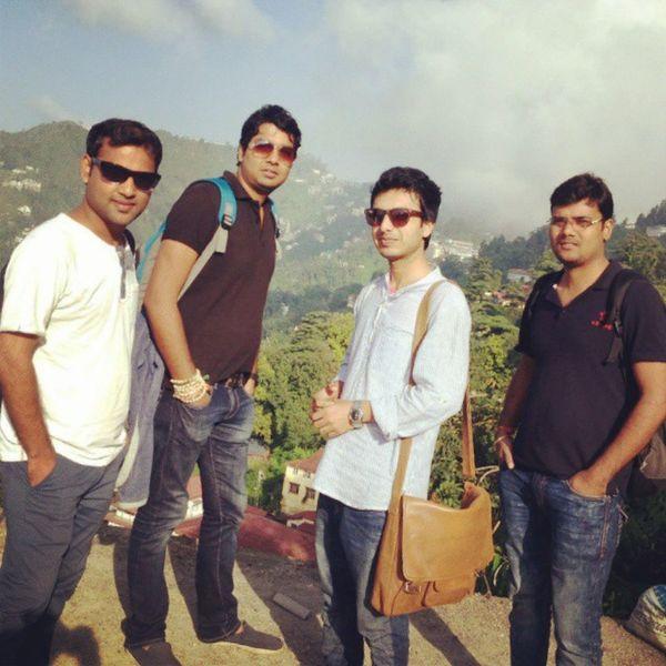 Fashion Traveller Travel Friends PahariDelhi Dehradun Massoori Colers Sunlight We Party Followme 4