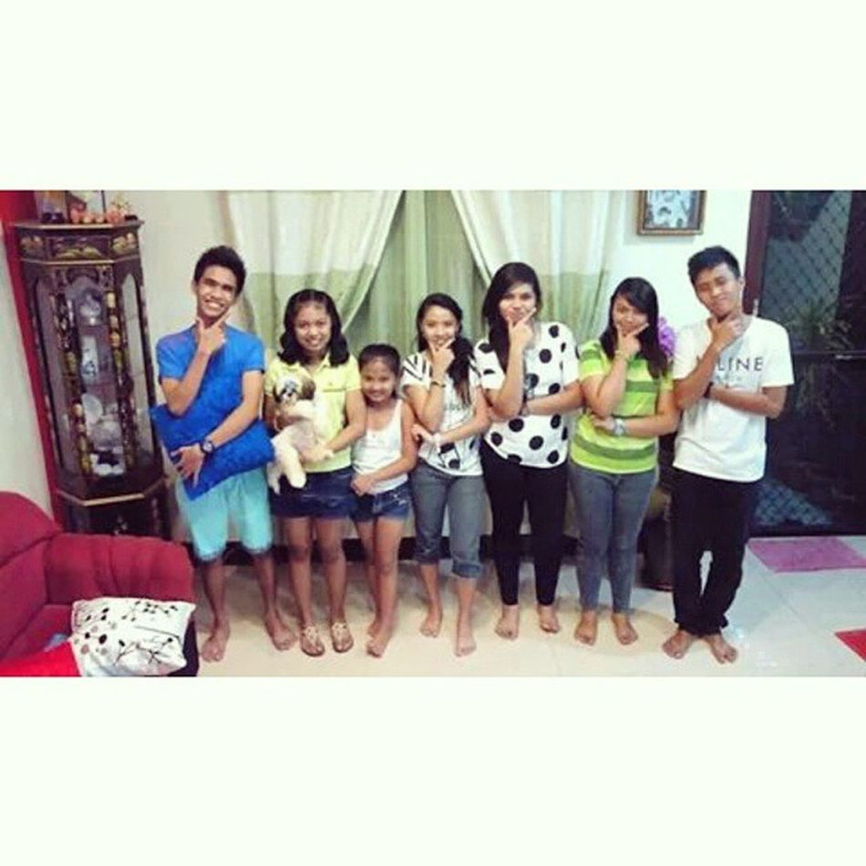 Awesomely celebrated New Year's eve with them. ☺😍 Buddies✌ SistersEnBro Family😘😘