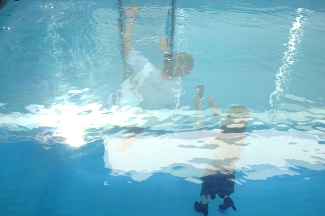 Water Swimming Reflection Lake Sea Waterfront Tranquility Blue Nature Tranquil Scene Day Calm Outdoors Water Surface Scenics Beauty In Nature Weekend Activities Musium Art Pool Installation Art Kanazawa Leandro Erlich EyeEm Gallery EyeEm Nature Lover