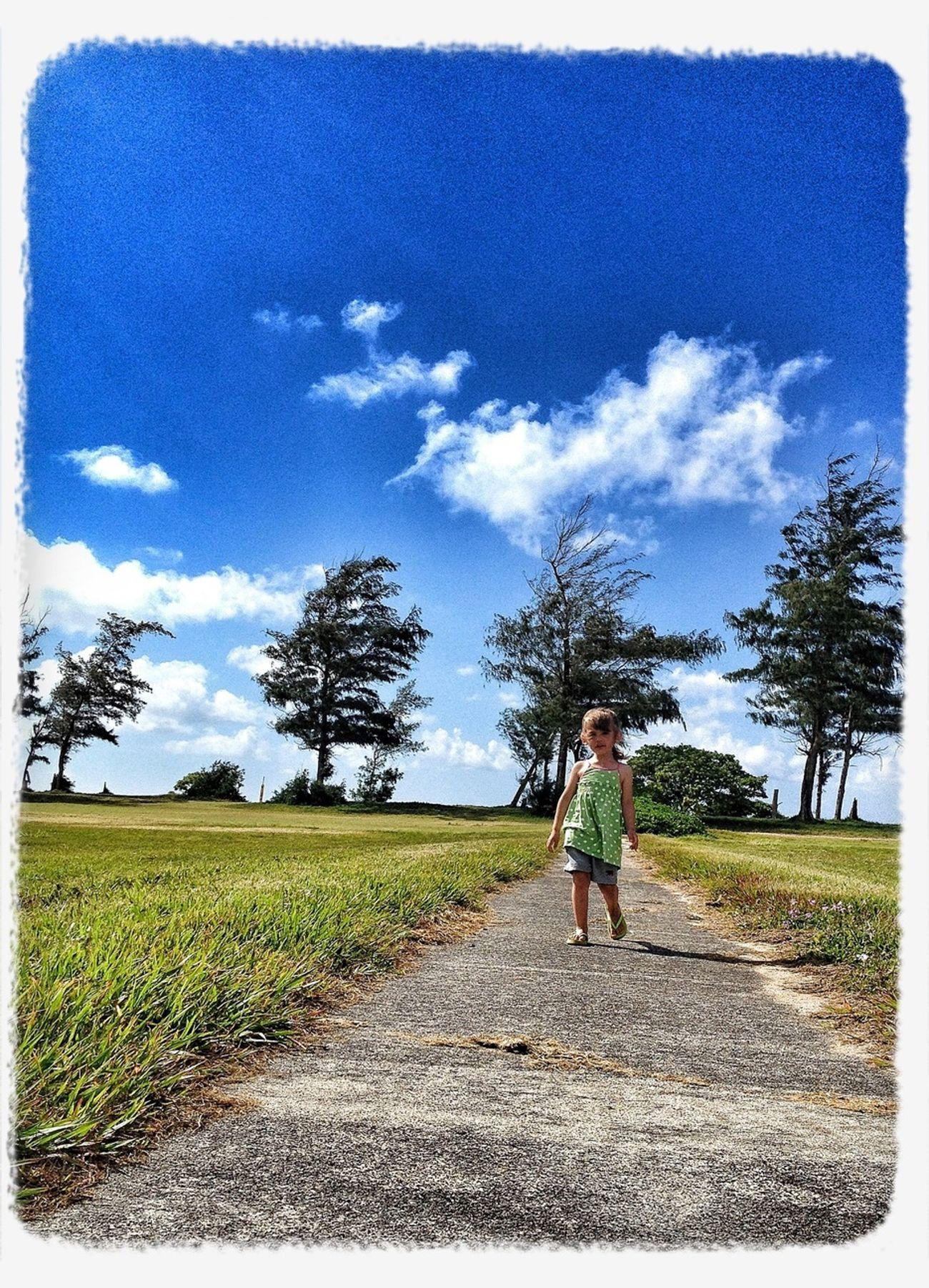 Kids Out For A Walk Hawaii Kauai