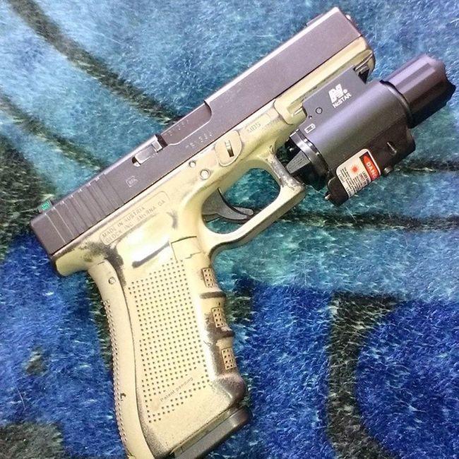 NcSTARtacticallaserflashlight RedBeams BrightAssLight PewPewPew Guns GunPorn Glock17Gen4 MolonLabe Tacompton TTownstyle Starboy StarboyStyle CauseImAStar