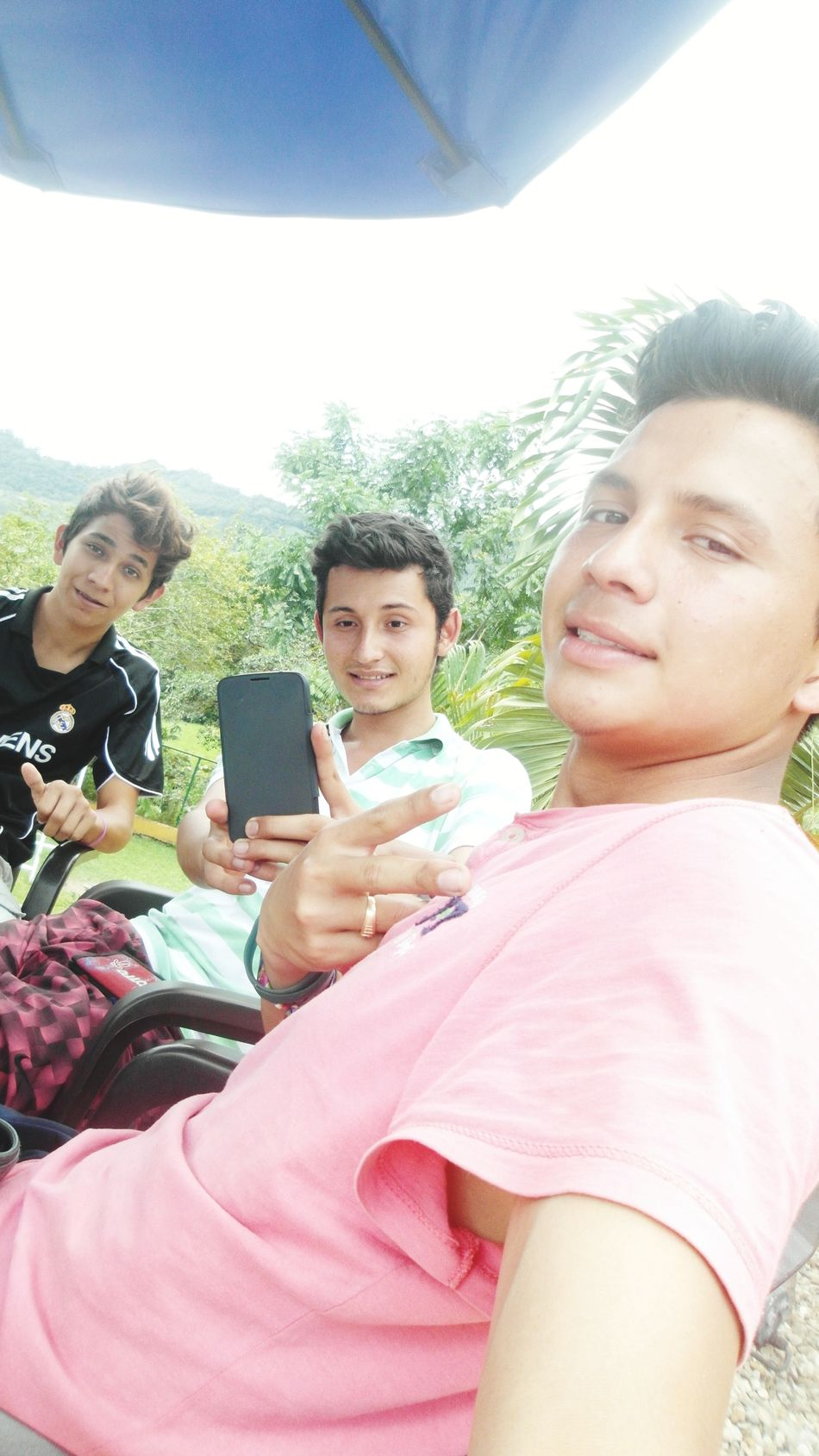Friends Papos Hi! On Vacation