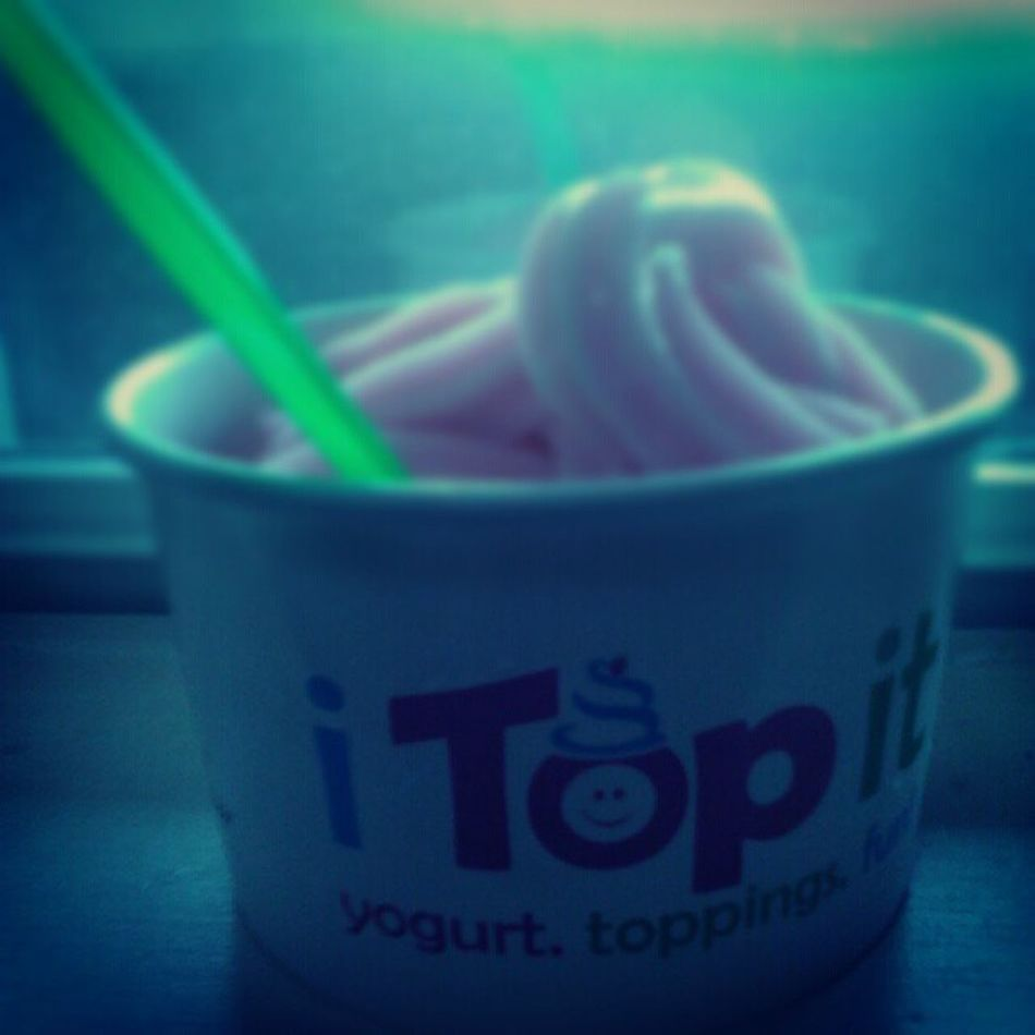 Bejealous Itopit Frozen Yogurt snack delicious enjoy smile cold dope picoftheday picture pictures life liven healthy america