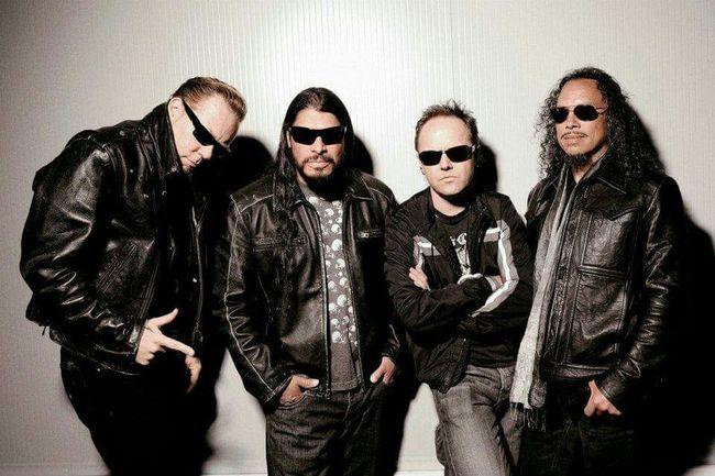 Metallica JamesHetfield Larsulrich Kirkhammett Roberttrujillo
