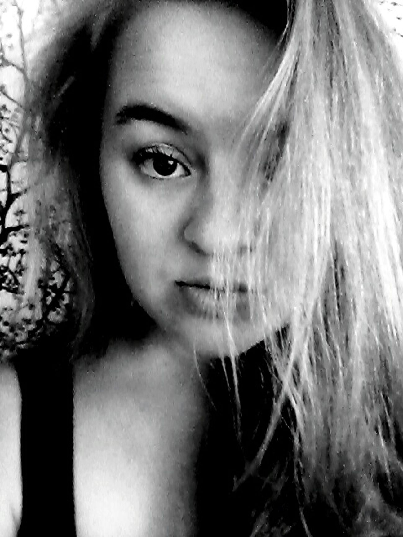 Hello World! Black & White Chillin With No Makeup On Relaxing At Home Polishgirls