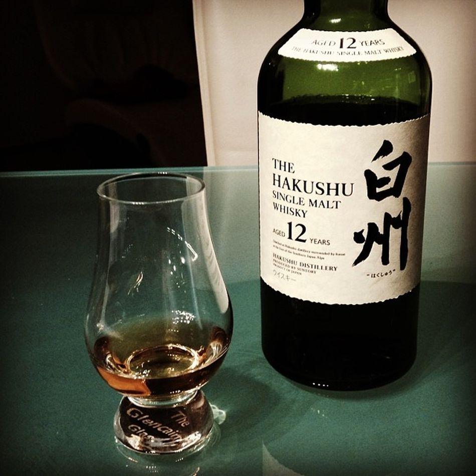 Betthupferl auf japanisch... #hakushu OSAKA Whisky Japan Singlemalt Suntory 12years 12jahre Rotessofa Hakushu Thehakushu