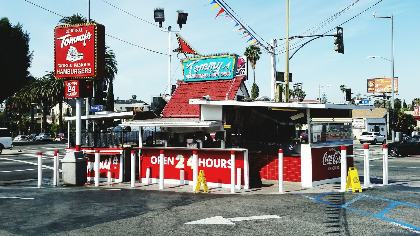 Original Tommy's In My Mouf Chili Burger Original Tommy's Red Timeless Shack World Famous Lunch Time