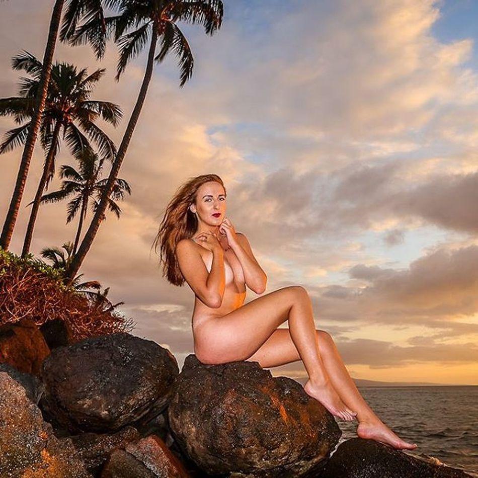 Sea siren Maui Artnude Beautiful Goddesses Freethegoddess Blessed  Youonlyliveonce Befree Amazing Model Love Beauty Mauiphotography Mauinokaoi Mauiportraits Sea Seanymph Siren Seasiren Hawaii Vixen Nature Girls Paradise Tropical sunset