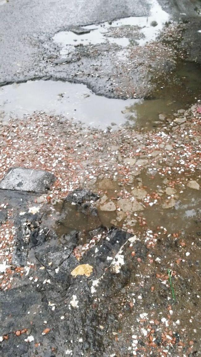 Rocks And Water Haighway Rainy Day Streetphotography Leaves Autumn Rocks Raining Photography Human Vs Nature Rain