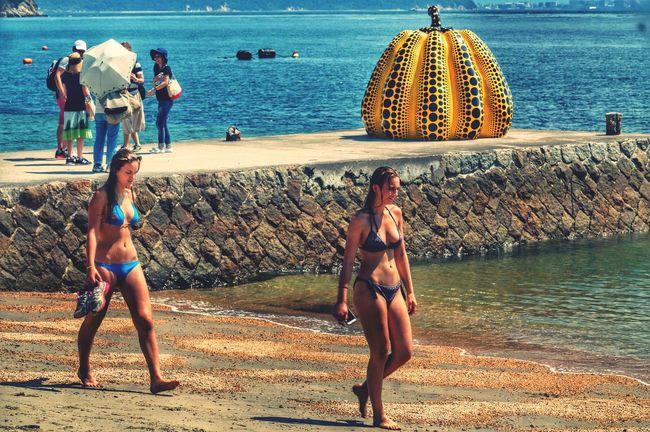 直島 草間彌生 草間彌生 南瓜 Japan Sea The Week Of Eyeem Enjoying Life EyeEm Best Shots From My Point Of View EyeEm Gallery Enjoying Life Hi! Pretty Girl Girls Bikini Pretty Girl Travel