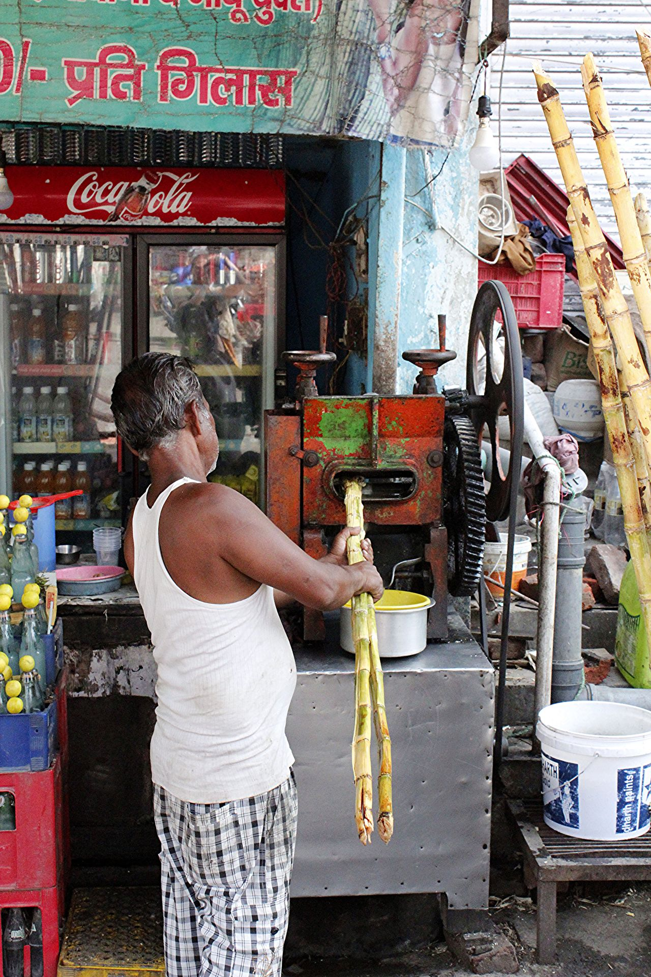Cocacola Colors India Inproduction Mature Adult One Man Only Rishikesh Small Business Sugar Cane Juice Working