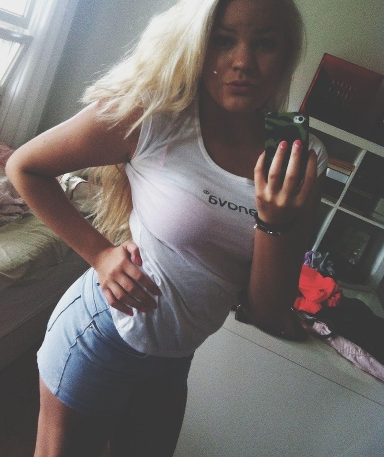 Taking Photos Terranova Blonde Girl Swaggin