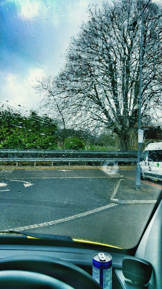 Hello World London Ambulance Service Emergency Vehicle Rainy Day My Office Today Taking Photos Working Hard Ambulance What I Do