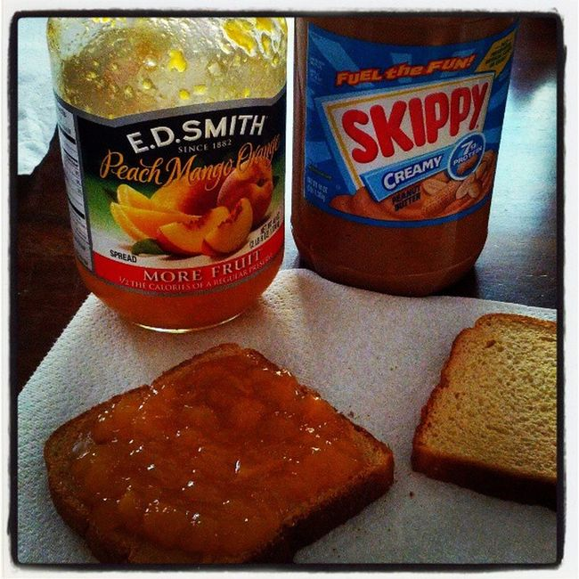 Homemade lunch with my son @mutableswine650 peanut butter and peach/mango/orange jam! Fatherandson
