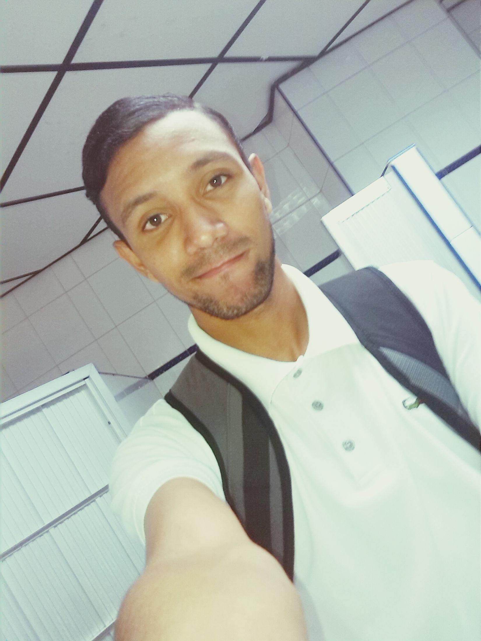 Uiversity Communication Love ♥ Toiletselfie White ✌