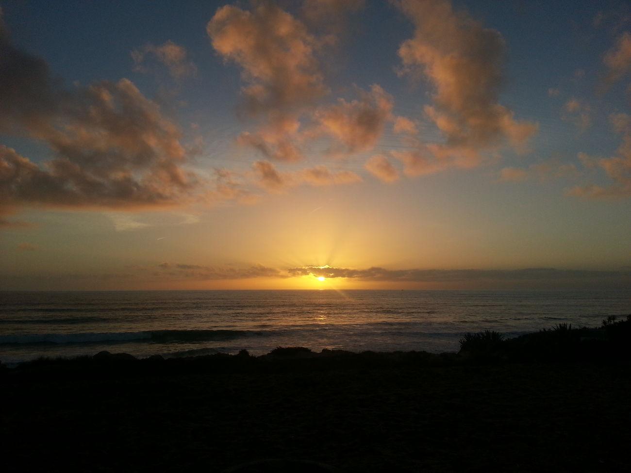 sunset #sun #clouds #skylovers #sky #nature #beautifulinnature #naturalbeauty photography landscape Portugaloteuolhar Sunset Enjoying Nature Beachphotography