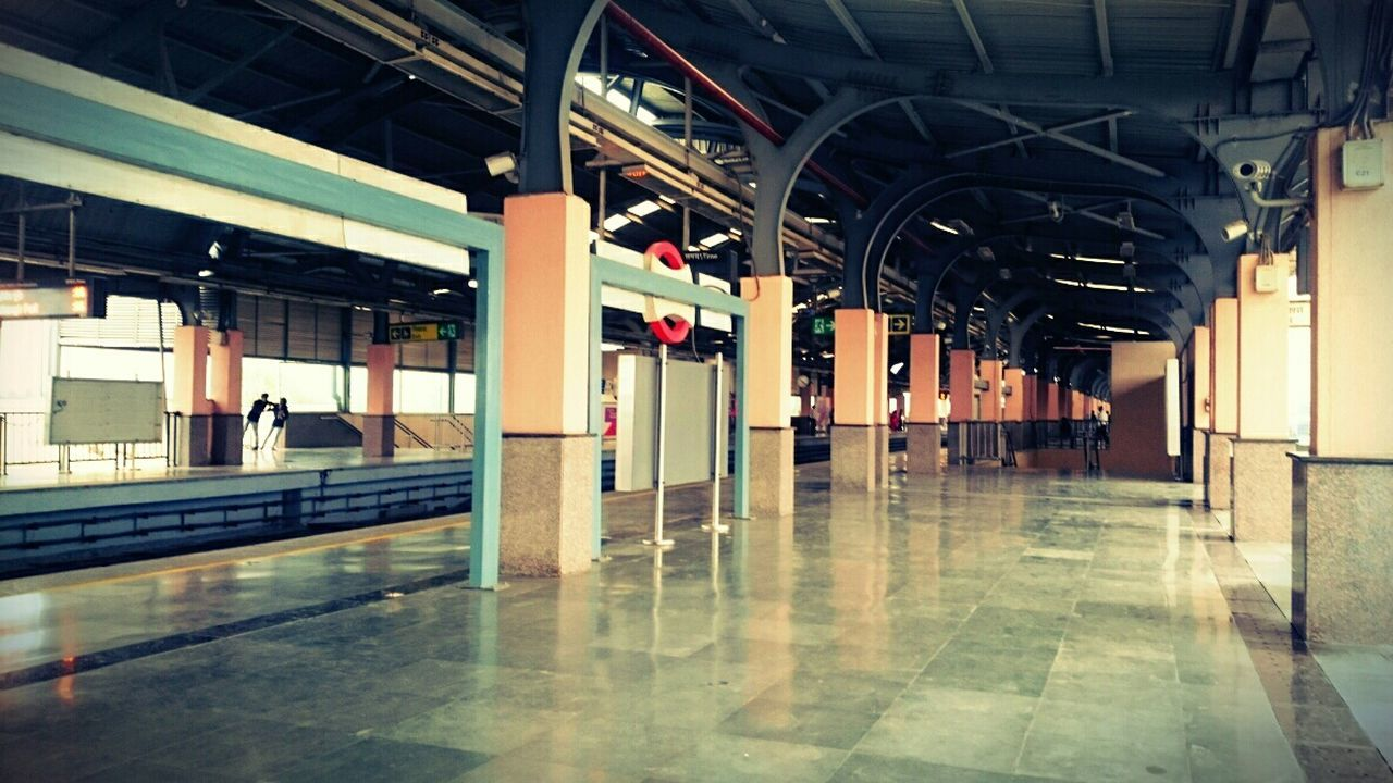 Delhi Metro Ghost Station Waiting Waiting For A Train