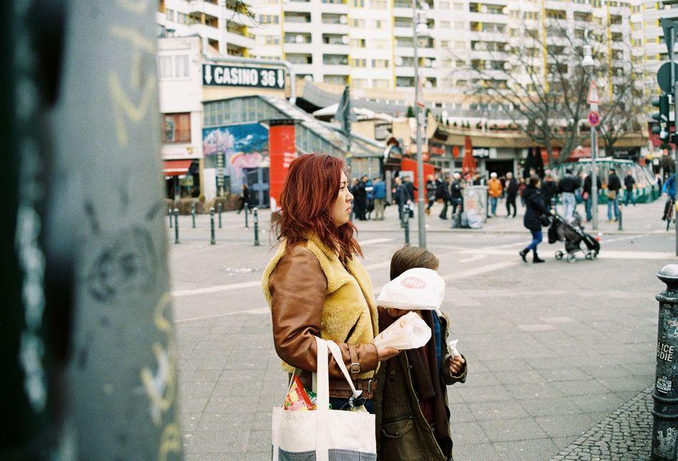 kotti mother 35mm Filmphotography Kottbusser Tor Kreuzberg