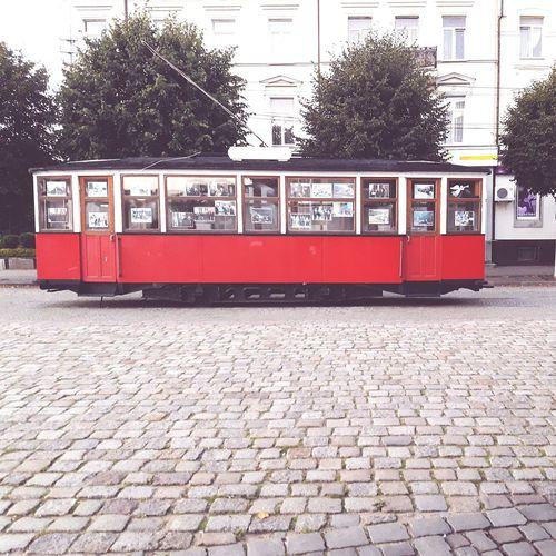 Built Structure Mode Of Transport Building Exterior Car Transportation Architecture Arts Culture And Entertainment