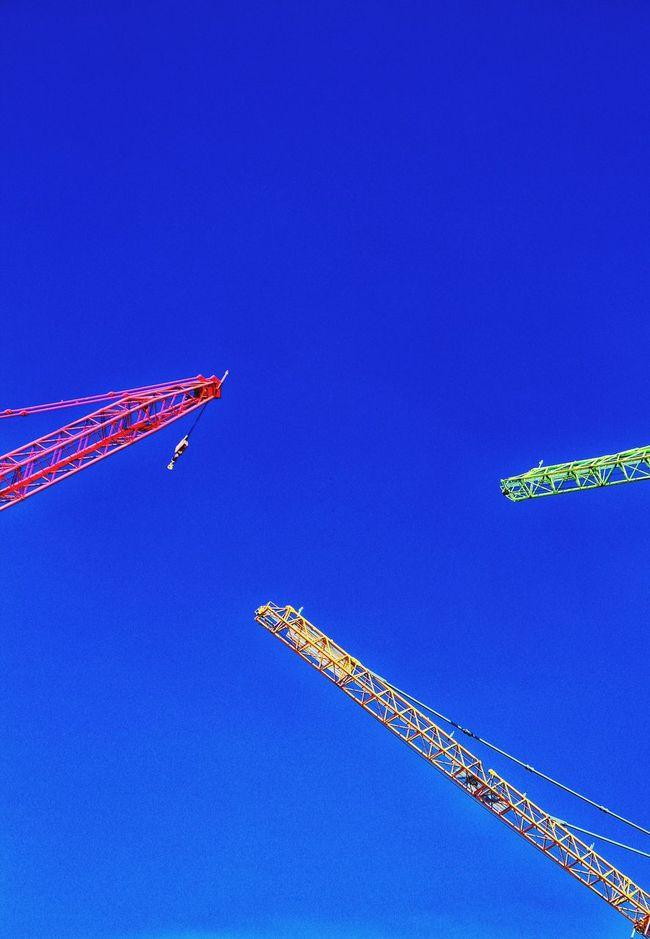 Blue Blue Sky Cranes Crane - Construction Machinery Cranespotting Cranes And Construction Cranes Construction Construction Site Fresh Produce Red Crane Green Crane Yellow Crane Triangular Colors Colorful Colorsplash Color Explosion Colors Of Autumn Fresh On Eyeem  Hello World Check This Out Bluesky Triple Triangle