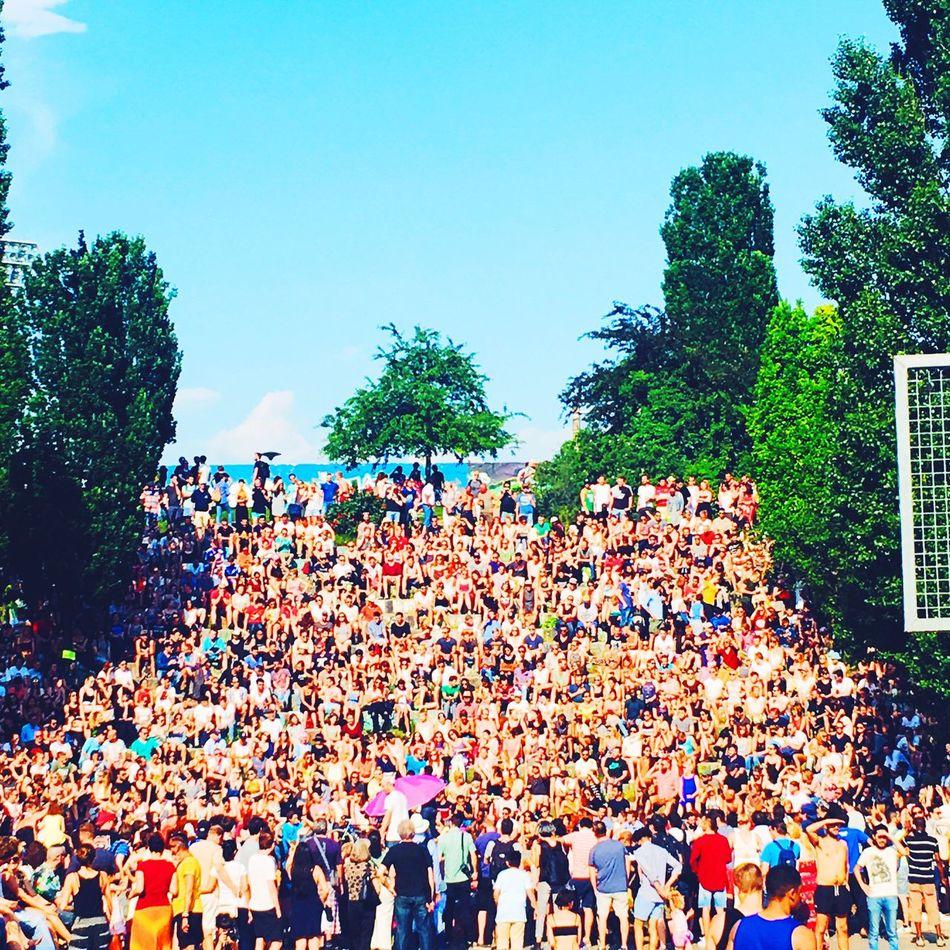 Berlin Mauerpark Sommer Summerinberlin Karaoke Park Nature Realpeople Large Group Of People Crowd Outdoors Celebration