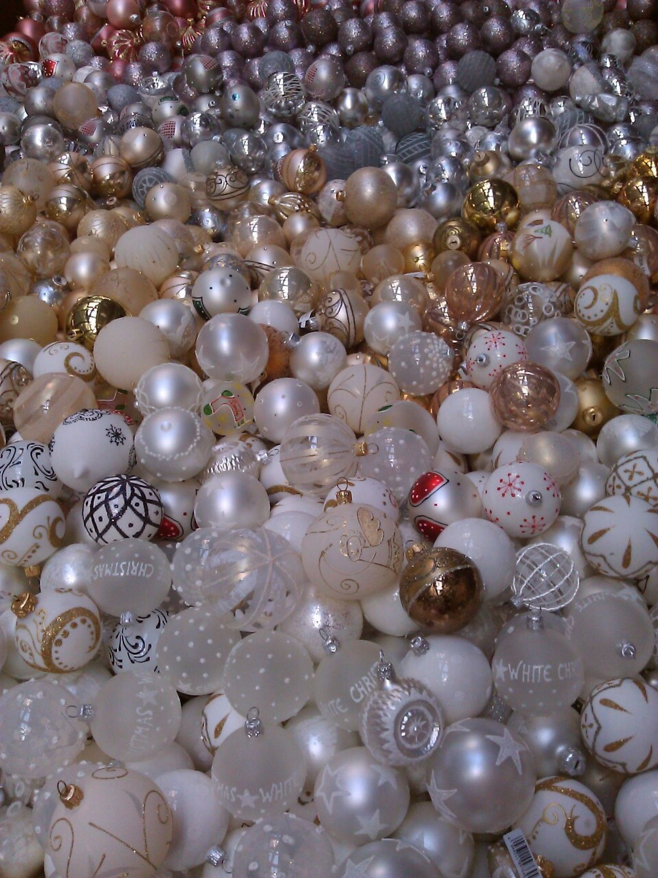 Early Christmas 😁 The Culture Of The Holidays 43 Golden Moments Colour Of Life Lots Of Balls Christmas Balls White Balls White Gold Golden Balls Silver  Silver Balls Multi Colored MerryChristmas Merry Christmas Merry Xmas! Christmas Decorations Christmastime
