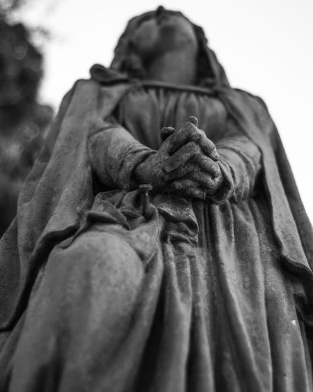 pray Statue Cemitery Saint Religion Pray Focus On Foreground Blackandwhite EyeEm Ready   EyeEmNewHere Textile Adult People Evening Gown Outdoors Period Costume Day Close-up