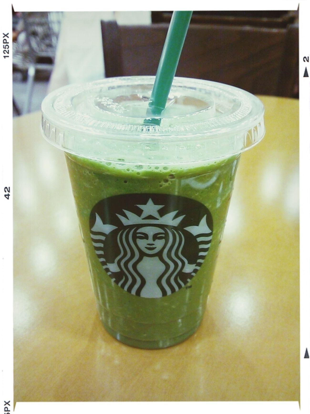 抹茶フラペチーノ(ホイップなし、シロップなし) Drinking Starbucks Maccha 抹茶フラペチーノ Japan