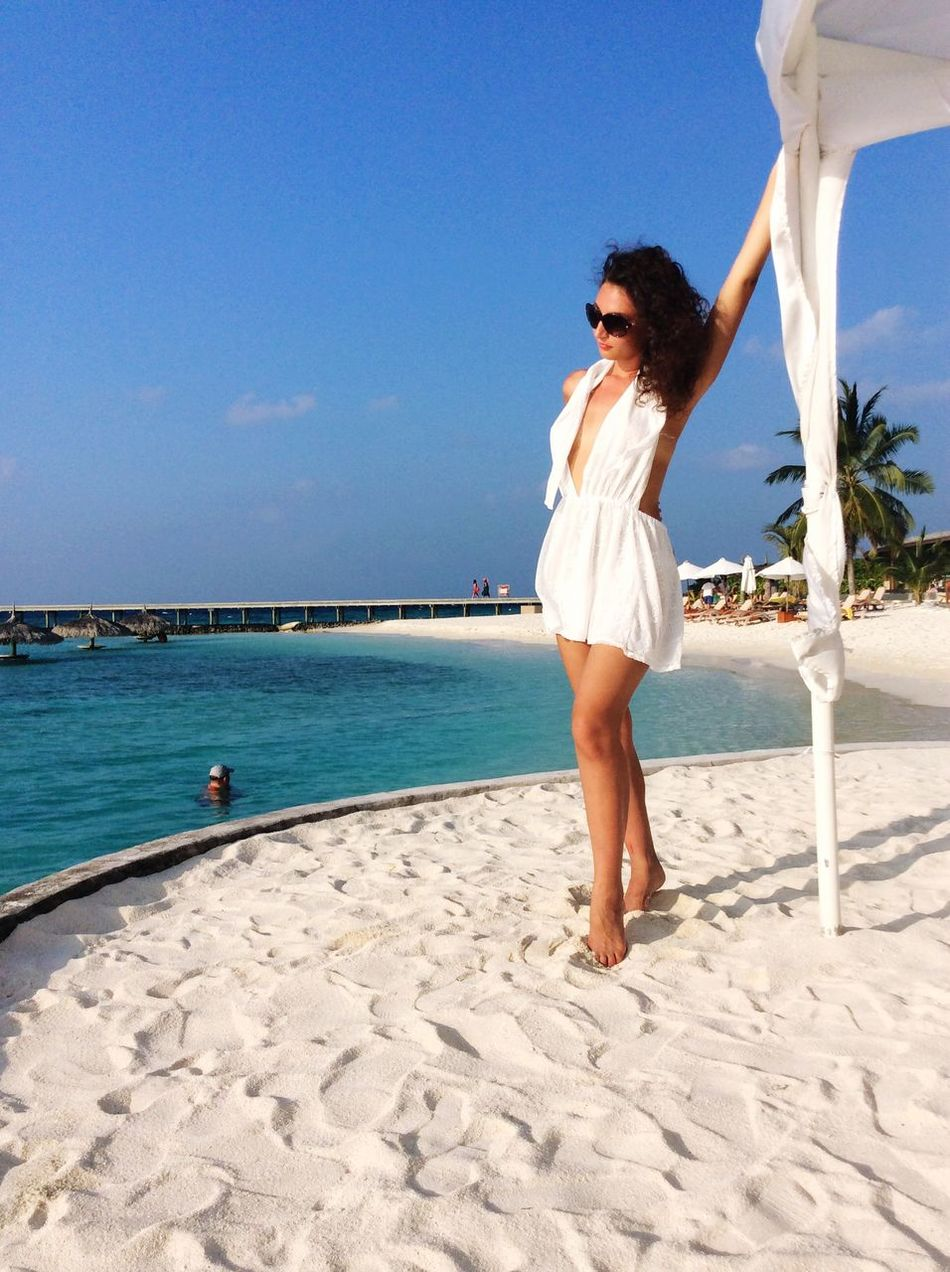 Vacations Young Adult Beach Swimming Pool Curly Hair Happiness Beauty In Nature Tropical Climate Sunlight Horizon Over Water Beautiful Woman Wind Of Change Maldives Islands