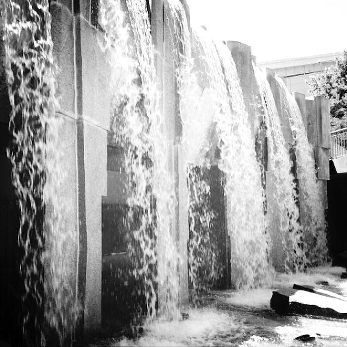 San Francisco Yerba Buena Urban Art Waterfalls Watching Waterfalls Streets Of San Francisco Black & White Bay Area Bay Area Life California