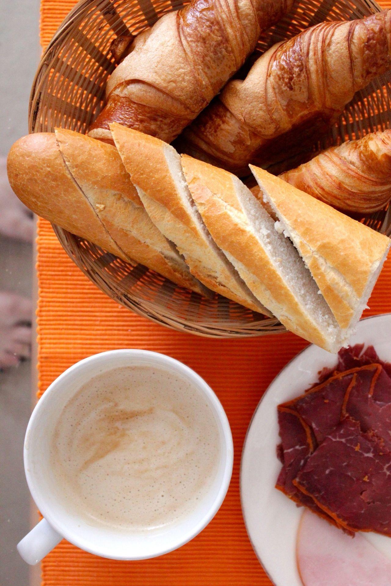 Beautiful stock photos of bread, Basket, Berlin, Bread, Close-Up