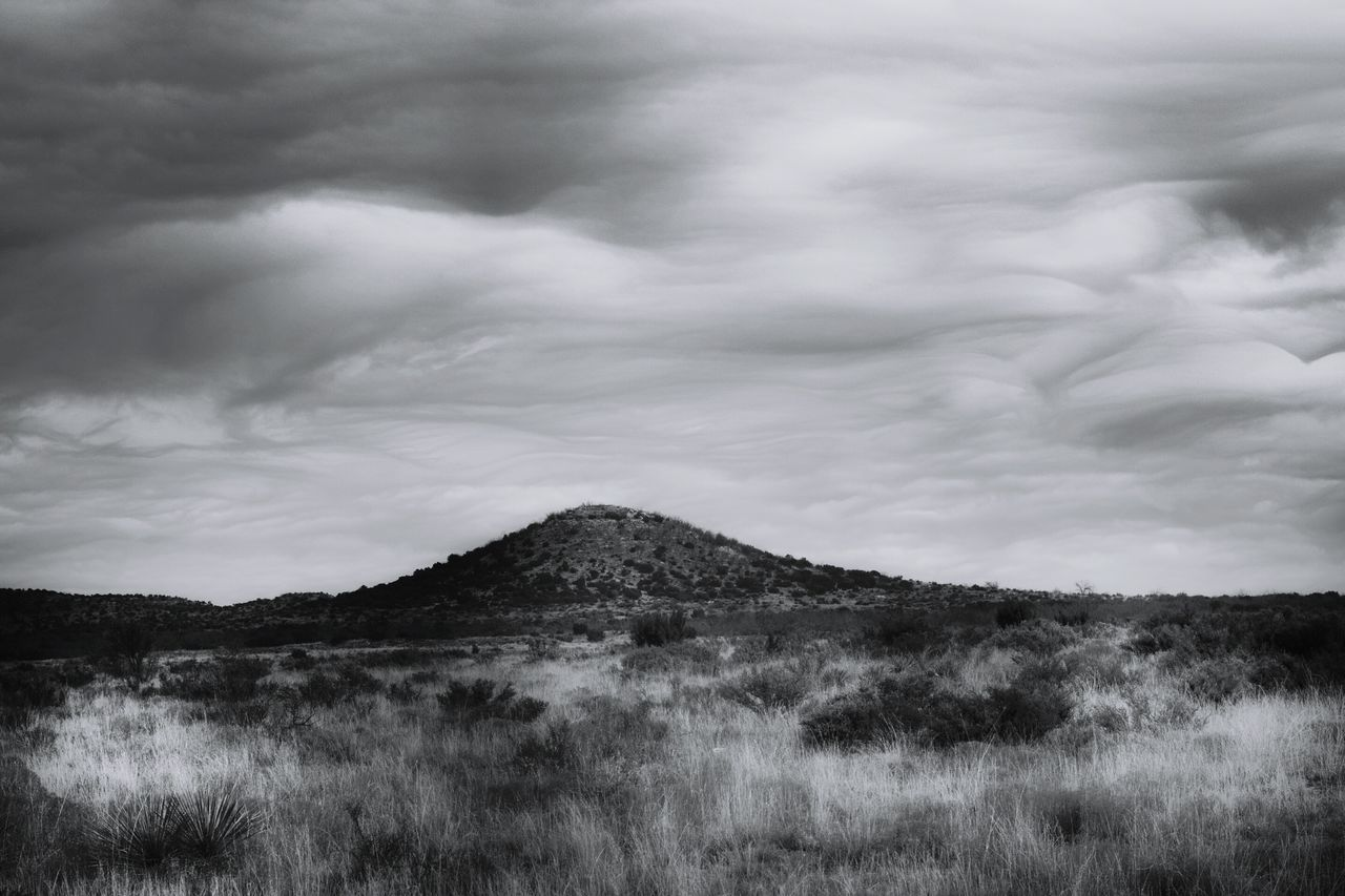 Mountain Landscape Cloud - Sky Scenics No People Nature Outdoors Sky Beauty In Nature Dramatic Sky Day Storm Cloud Beauty In Nature Dramatic Sky Texas Photographer Black And White Collection! Black & White Photography Black&white EyeEm Gallery