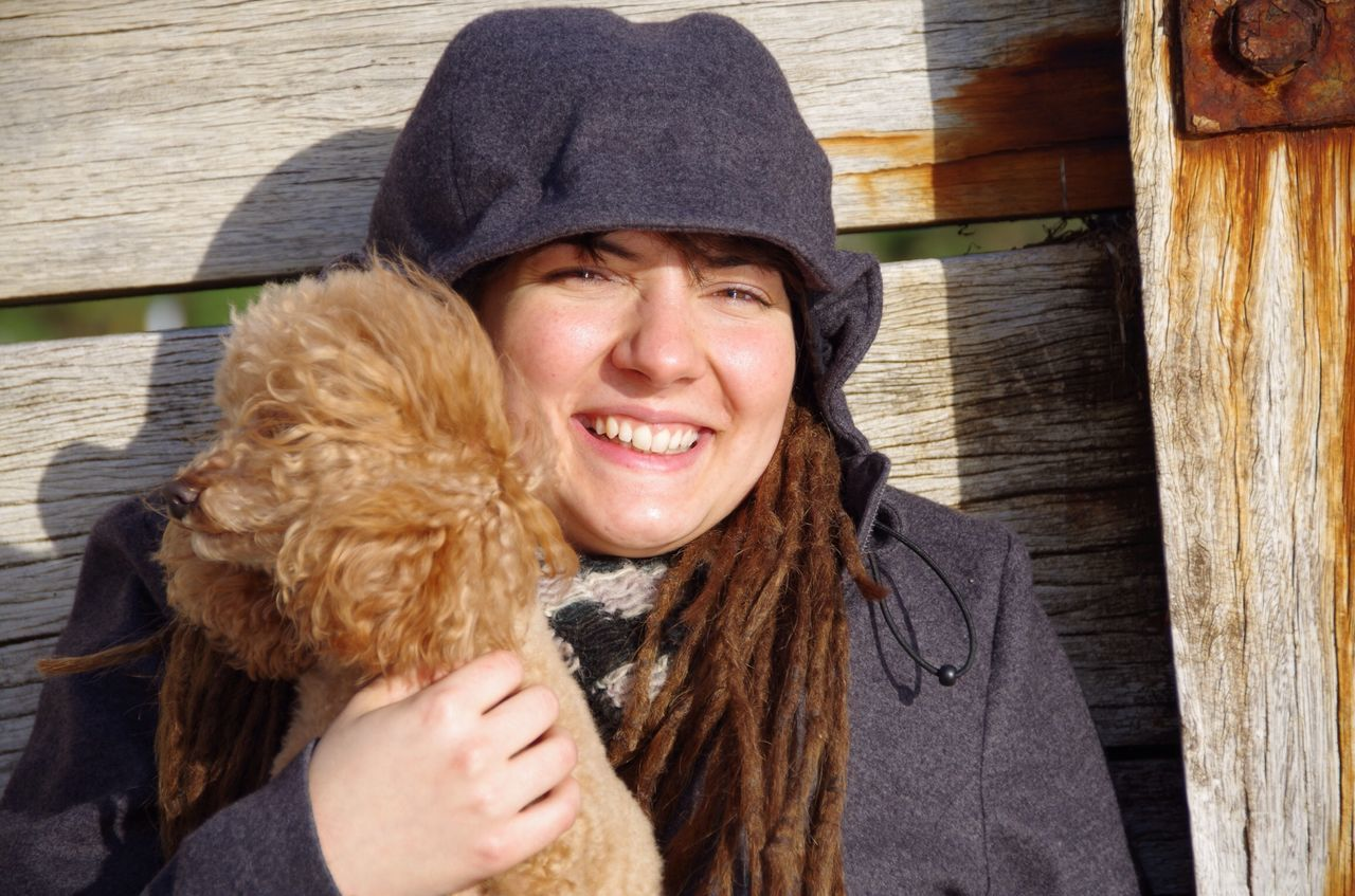 Beautiful stock photos of smile, Animal Themes, Beautiful Woman, Brown Hair, Caucasian Ethnicity