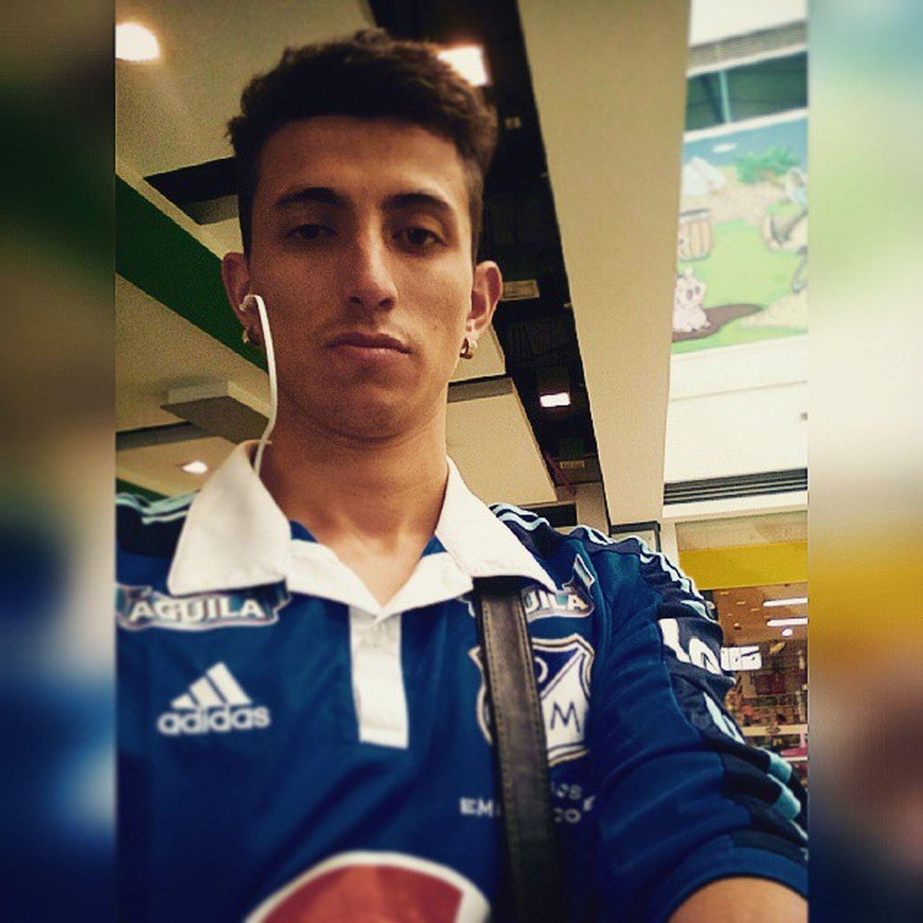 Instashot Nocrop apoyando a mi Embajador Millos Selfie Live Colombia Bogotá Staff Sport Sunday Instapic Feelingblue Bpgthealbum Blue