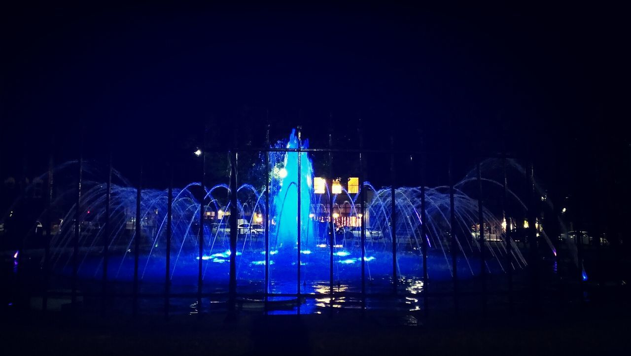 the fountains at night are beautiful. Fountains Night Summertime Check This Out